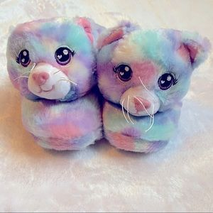 NWOT Build-A-Bear Cat Slippers Size 10/11